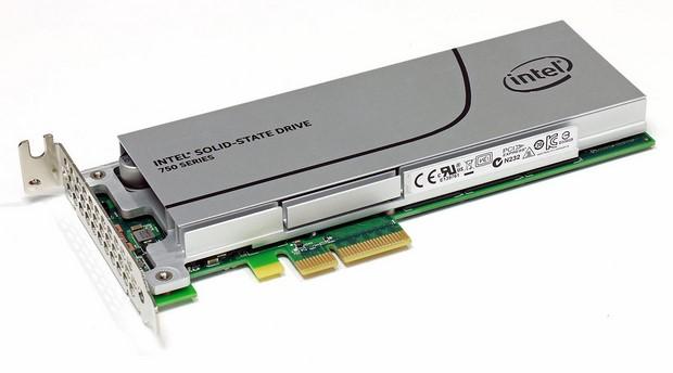 Disque dur Intel SSD NVMe 750